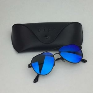 DIFF Kids Dash Matte Black Blue sunglasses